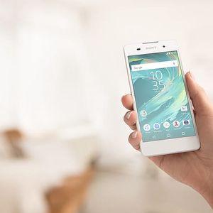 Mobily, tablety a příslušenství