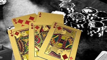Zlaté hrací pokerové karty