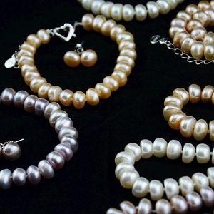 Náhrdelník, náramek a náušnice z pravých perel