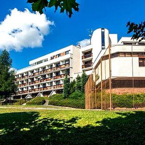 Relaxační wellness pobyt pro dva s polopenzí v 3*hotelu Adamantino na 3 - 6 dní v Luhačovicích.