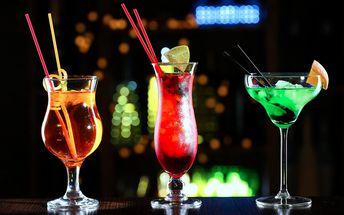 Cokoli z koktejlového lístku v baru U Buldoka