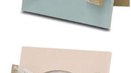 Fotorámeček na fotografie vyrobený ze dřeva. Ideální a decentní dřevěný doplněk na kterékoliv místo.