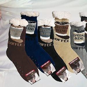 Teplé domácí ponožky s motivem - Hnědé