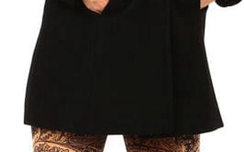 Černý vlněný kabát s kapucí