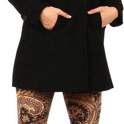 Černý vlněný kabát s kapucí i pro plnoštíhlé