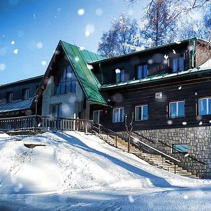 3–8denní pobyt s polopenzí pro 2 osoby v Krkonoších v penzionu Pohlednička