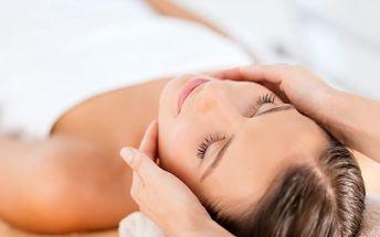 Zkrášlovací balíček: střih pro všechny délky vlasů + barva/melír + kosmetika/prodloužení řas