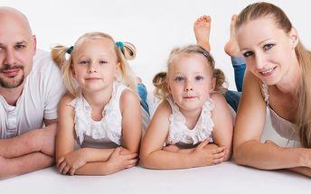 Ateliérové fotografování pro celou rodinu