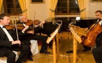 Vstupenka na koncert slavných filmových a muzikálových melodií 4.března v 18:30 hodin.