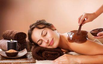 Relaxační balíček v délce 120 minut – kosmetika a čokoládová masáž ve Strašnicích