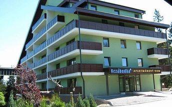 Polopenze nebo All Inclusive v hotelu Nezábudka***. Wellness procedury, bazén, sauna, láhev sektu.
