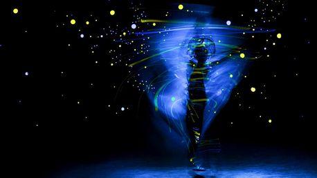 Vstupenka do magického černého divadla Image