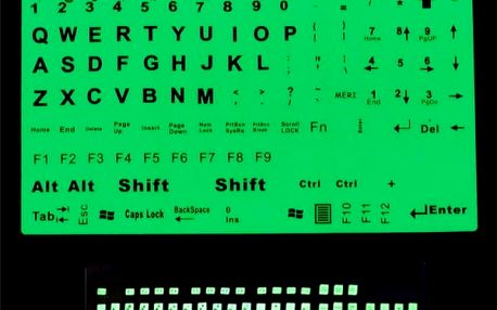 Fluorescenční nálepky na anglickou klávesnici