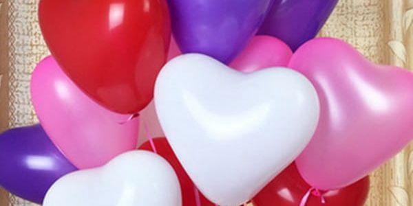 100 kusů balónků ve tvaru srdíčka