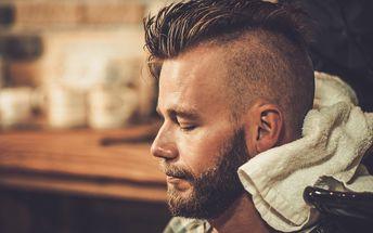 Pánský střih se stylingem pro moderního muže