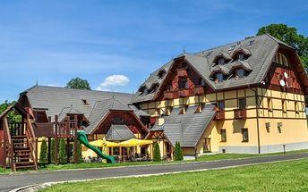 Polopenze nebo All Inclusive v hotelu *** + ELAND pod Třemi Korunami, bazén, vitální saunový svět.