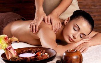 80minutová masáž včetně terapie Hot Stones