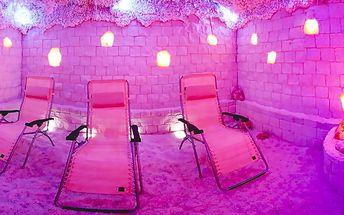 Noc v solné jeskyni s ranní kávou či čajem