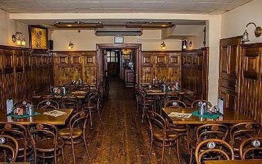 Romantická 3chodová večeře pro 2 osoby se sklenkou vína či lahví šampaňského v restauraci u Švejka