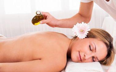 Luxusní masáž krční páteře, zad a chodidel v délce 50 minut s olejem dle vlastního výběru