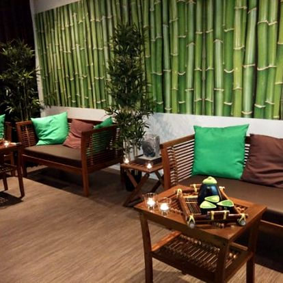 60min. masáž dle výběru či párová + 30min. aroma lázeň v luxusním thajském salonu u Národní