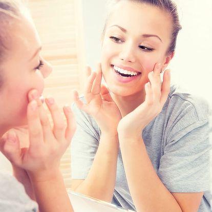 Kosmetické ošetření: 1-2x 60 min. Odlíčení, peeling, úprava obočí, barvení řas/obočí a další