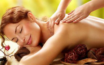 Výběr z 10 masáží a aroma lázeň na nohy