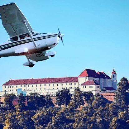 25minutový vyhlídkový let nad Brnem a okolím