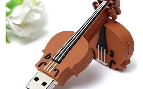 USB flash disk ve tvaru houslí