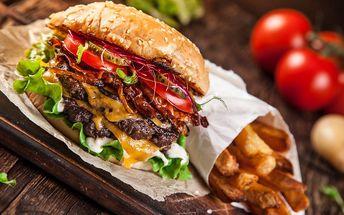 450g hovězí burger s rukolou a pikantním dipem + americké brambory a tatarka pro 1 osobu