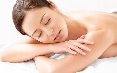 60min. masáž dle výběru: medová, vinná, čokoládová, motýlí, kaštanová, či masáž golfovými míčky