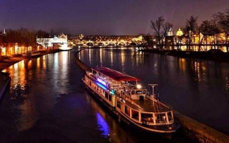 Romantická plavba noční Prahou pro dva