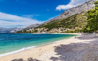 8denní pobyt v chorvatském letovisku Baška Voda pro 1 včetně dopravy a polopenze