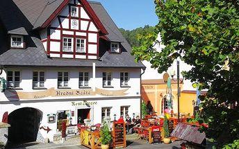 3denní pobyt pro 2 s romantickou večeří v penzionu Hradní Bašta v Bečově nad Teplou