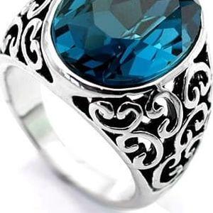 Prsten s vyřezanými ornamenty a velkým kamenem