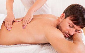 Sportovní masáž pro uvolnění svalů