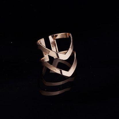 Prsten ve tvaru dvojité šipky - 2 barvy