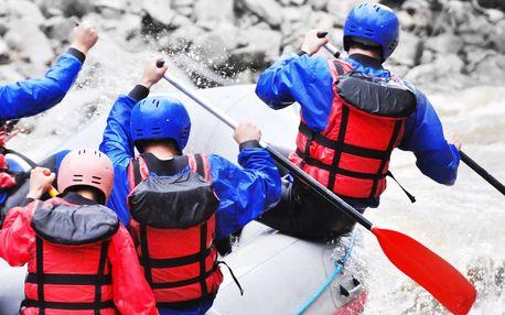 Dubnový rafting na peřejích rozdivočelé Jizery