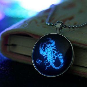 Náhrdelník se škorpionem - svítící ve tmě