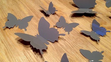 Nalepte.cz 3D motýli na stěnu šedivá 12 ks šíře 6 x 10 cm, šíře 6 x 5 cm