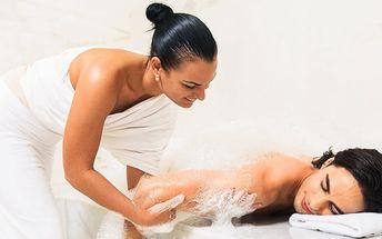 Novinka ze světa tantry: Něžná bublinková masáž
