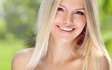 Šetrné bělení zubů neperoxidovým gelem, zesvětlí zuby o 2-6 odstínů již po první aplikaci.