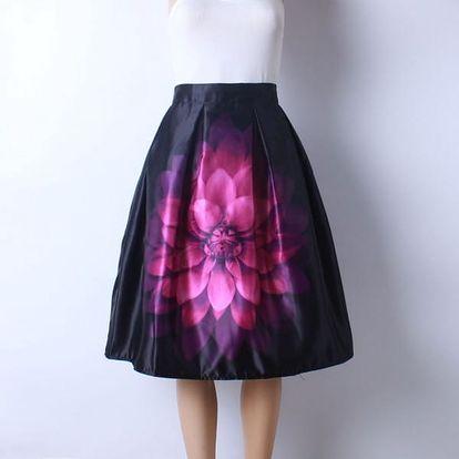 Skládaná delší sukně s různými vzory