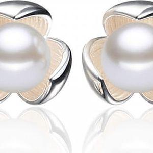Náušnice s perlou v květu