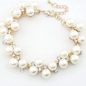 Kouzelný korálkový náramek v perlovém provedení