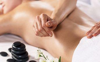 50minutová hřejivá masáž lávovými kameny