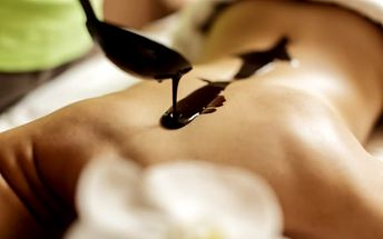 Balíčky luxusní péče pro ženy i muže: kosmetika, nastřelení náušnic, masáž, zábal a další
