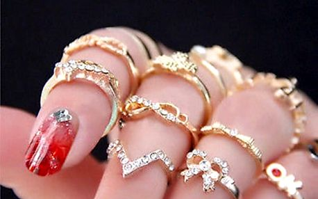 Sada prstýnků ve zlaté barvě 7 ks