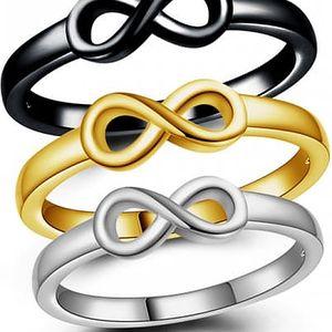 Prsten se znakem nekonečna
