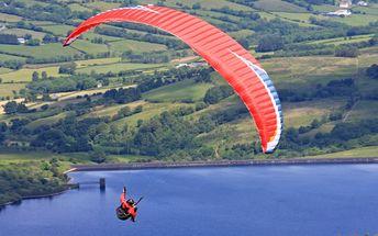 Paragliding: vyhlídkové plachtění v tandemu